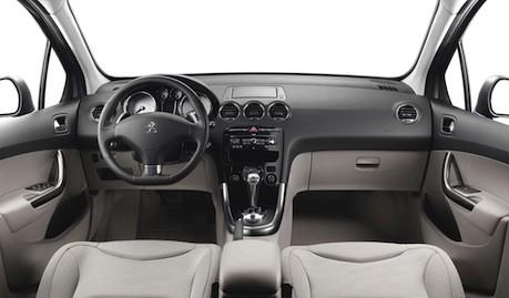 Peugeot 308 a Noleggio