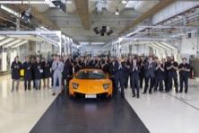 Lamborghini, la prima azienda a impatto zero al mondo è italiana