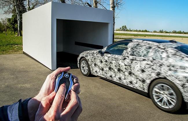 Come nei film di 007, sarà possibile muovere la propria macchina con un dispositivo mobile - News Automotive