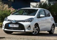 Toyota Yaris Hybrid, la piccola che non beve