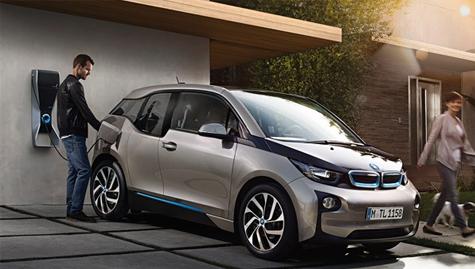 L'auto elettrica si fa grande - Noleggio a lungo termine