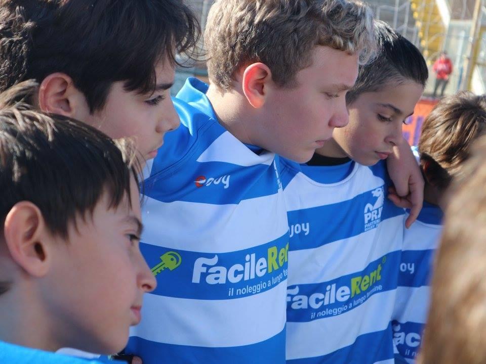 Andrea ama il rugby, suo padre Gennaro ha scoperto un fantastico mondo nel quale veder crescere il proprio bambino. - News da Facilerent
