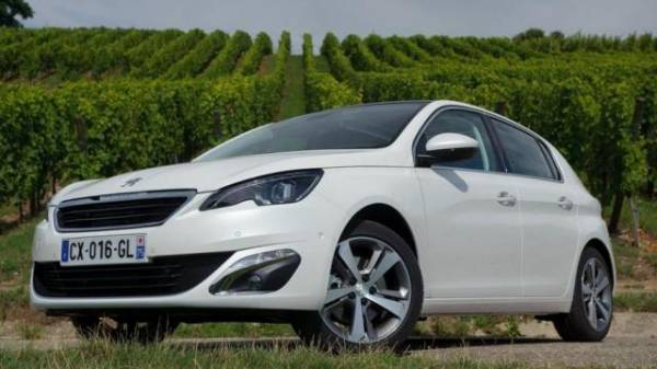 Foto gallery 3 per l'Offerta Noleggio Lungo Termine Peugeot 308
