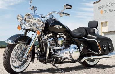 Noleggio lungo termmine Harley Davidson Touring Road King Classic