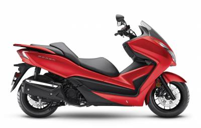 Noleggio lungo termmine Honda Forza 300